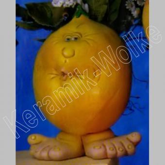 lustige Zitrone mit Füsschen